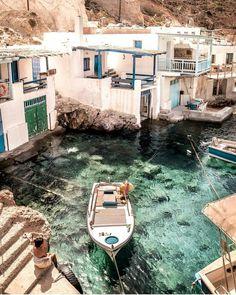 """좋아요 3,230개, 댓글 15개 - Instagram의 Map of Europe(@map_of_europe)님: """"Mílos ☕ Kikladhes ❤ Greece Congrats @iwasinspired Use #map_of_europe #Greece"""""""