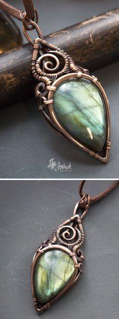 Green labradorite wire wrap necklace