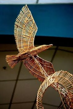 Creative and Cool Toothpick Sculptures. Toothpick Sculpture, Straw Sculpture, Sculpture Art, Straw Crafts, Craft Stick Crafts, Sculpture Projects, Art Projects, Paper Bag Design, Straw Art