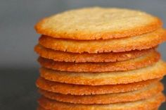 Crisp Almond Cookies - Chocolate Chocolate and More! Crisp Almond Cookies ~ thin crisp cookies with lots of almond flavor Köstliche Desserts, Delicious Desserts, Dessert Recipes, Yummy Food, Healthy Food, Healthy Eating, Healthy Nutrition, Healthy Recipes, Health Desserts