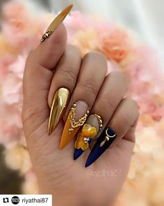 Popular Acrylic Stiletto Nails Designs That Will Catch Your .- Popular Acrylic Stiletto Nails Designs That Will Catch Your Mind – Septor Planet - Glam Nails, Dope Nails, Bling Nails, 3d Nails, Stiletto Nails, Coffin Nails, Stiletto Nail Designs, Nail Nail, Fabulous Nails