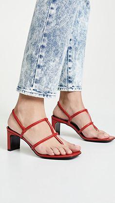 00c9f9a99c51d Thong Heeled Sandals | #sandals #sandalsheels Riemensandalen, Sandalen Mit  Absatz, Fersenriemen,