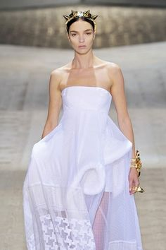 Givenchy at Couture Fall 2009 - Livingly