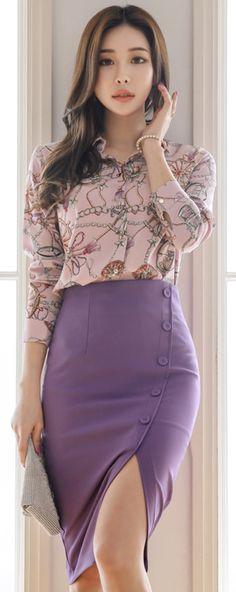 StyleOnme_Front Slit Button Detail Pencil Skirt #purple #feminine #pencilskirt #koreanfashion #kstyle #kfashion #springtrend #seoul