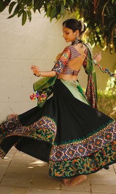 Garba Chaniya Choli, Garba Dress, Navratri Dress, Gown Dress, Garba Dance, Choli Dress, Sharara, Choli Designs, Lehenga Designs