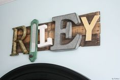 DIY Pallet Name Sign Made From Random Eclectic Letters!
