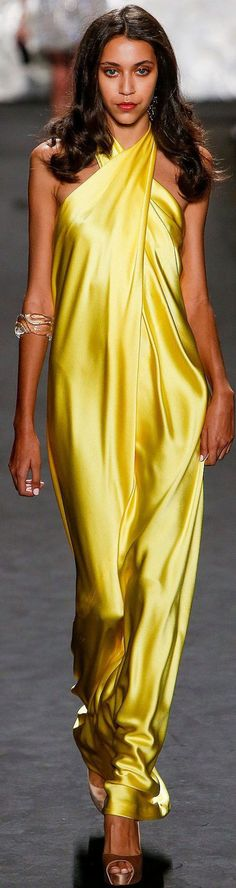 Naeem Khan Spring 2015 I would most certainly wear this....