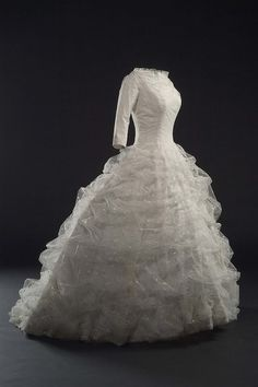 Beautiful Balenciaga (1957).