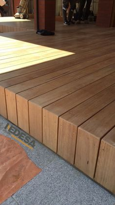 30 creative deck ideas beautiful outdoor deck design 13 - Home Decoration - Outdoor Deck With Pergola, Pergola Patio, Backyard Landscaping, Outdoor Decking, White Pergola, Metal Pergola, Terrasse Design, Patio Design, Home Design