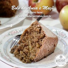 Bolo saudável de Aveia e maçã! Ideal para tomar com chá ou café da trade! Delicious oat and apple cake! I'm making it this saturday for the five o'clock tea! Recipe in portuguese but it's easy to follow walkthrough photo tutorial.