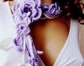 Ganchillo a mano bufanda de Lariat, violeta y WhiteChunky, accesorios de invierno, vacaciones accesorios