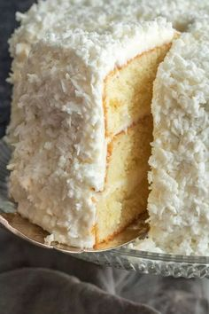 This is the BEST Coconut Cake recipe you'll ever make. Classic coconut cake recipe uses fresh coconut and a secret ingredient to make the cake extra moist! Coconut Desserts, Coconut Recipes, Baking Recipes, Delicious Desserts, Cake Recipes, Dessert Recipes, Coconut Cakes, Coconut Creme Cake Recipe, Best Coconut Cake Recipe Ever