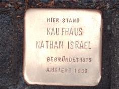 Stolperstein für Kaufhaus Nathan Israel © Koordinierungsstelle Stolpersteine Berlin