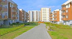 Ciepłe i przytulne mieszkanie do wynajęcia o powierzchni 36,5 m2 w Katowicach. Dopiero co oddane do użytku. Położone w cichej i spokojnej dzielnicy Kostuchna.  Zapraszamy do kontaktu! Agent Nieruchomości: Piotr Jacak Telefon: +48 505 163 955 http://remax-gold.pl/oferta/nowe-dwupokojowe-mieszkanie-katowice-kostuchna