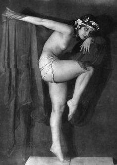 Exotic Nude Dancers 55