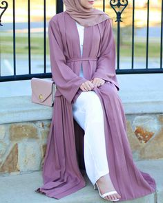 Love this whole outfit worn by #withloveleena in a mink open jacket by #abayabuth. Sooo gorgeous!!!!! #muslimah#hijabi#modest#abaya