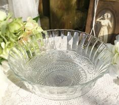 Ornate clear crystal glass serving bowl / storage / fruit / side with etching, candy, kitchen wares