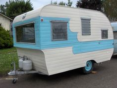 Vintage1959 15ft Oasis travel trailer. love how similar, yet not exact, it is to mine!