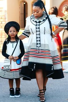 Latest Traditional Dresses, Traditional Dresses Designs, Traditional Wedding Attire, African Print Dresses, African Wear, African Attire, African Fashion, Wedding Guest Style, One Piece Dress
