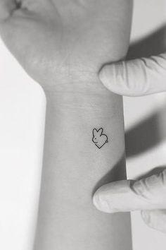 75 weitere kleine Tattoo-Ideen von Playground Tattoo - Vorlagen - 75 more small tattoo ideas from Playground Tattoo - templates - ideas Mini Tattoos, Bunny Tattoos, Rabbit Tattoos, Little Tattoos, Trendy Tattoos, Sexy Tattoos, Tattoos For Guys, Tattoos For Women, Tatoos