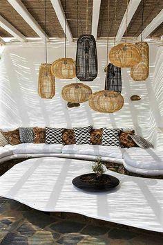 Elia Mediterranean Restaurant Mykonos photo 06 can be used in thatched gazebo Patio Design, Lamp Design, Exterior Design, Interior And Exterior, Lighting Design, Garden Design, Grill Design, Exterior Colors, Modern Lighting