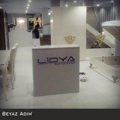 27 ocak 01 şubat 2015 tarihinde CNR Expo'da düzenlenen ISMOB fuarında, Lidya Mobilya için hazırladığımız çift kat ahşap stand uygulamamız.