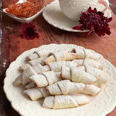 Entremet cu zmeura si fructul pasiunii - Din secretele bucătăriei chinezești Crescent Rolls, Mole, My Childhood, Biscotti, Tea Cups, Deserts, Gluten, Cooking, Cheesecake