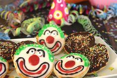 Sallys Blog - Amerikaner mit Zuckerglasur und Kuvertüre
