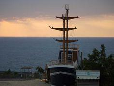 小琉球新地標,金獅子號。位於杉板灣民宿的正前方,提供咖啡、下午茶、義大利麵等。