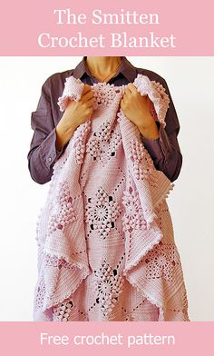 beautiful and romantic crochet blanket made by Dada's place, link to the free crochet pattern #crochetblanket #crochetpattern #freecrochet #freecrochetpattern