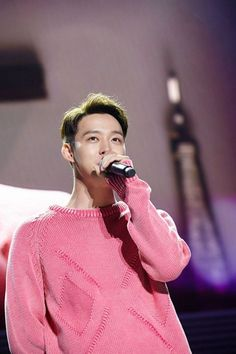 Yoochun celebrates his birthday with 8,000 fans | http://www.allkpop.com/article/2015/06/yoochun-celebrates-his-birthday-with-8000-fans