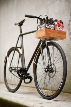 Ezra Caldwell of Fast Boy Cycles does it again in creating a handsome ride of absolute taste and class.This alpha-male of bikes was made from extremely thin oversize tubes to guarantee a firm and light ride. It includes a custom rack that supports a wooden beer crate to adhere to any guy ready to travel …