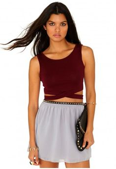 Missguided - Latrecia Sleeveless Bandage Waist Crop Top In Burgundy