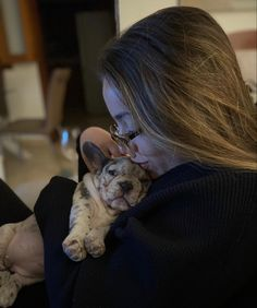 #Bulldogfrancese #frenchie #frenchieoftheday #französischebulldogge French Bulldog Puppies, Sleep, French Bulldog Pups
