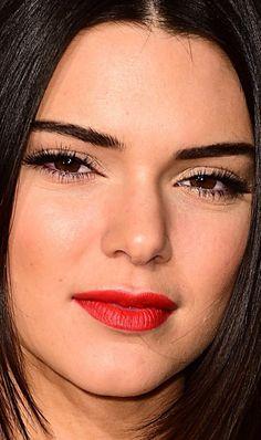 Close-up of Kendall Jenner at the 2014 British Fashion Awards. http://beautyeditor.ca/2014/12/03/british-fashion-awards-2014