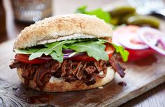 A simple Slow cooker shredded BBQ beef recipe for you to cook a great meal for family or friends. Buy the ingredients for our Slow cooker shredded BBQ beef recipe from Tesco today. Bbq Burger, Burgers, Pulled Beef, Bbq Beef, Beef Ribs, Barbecue, Uk Recipes, Crockpot Recipes, Slow Cooking