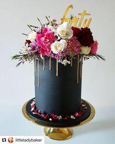 on So Unique birthday cake by littleladybaker! 40th Birthday Cake For Women, Grandma Birthday Cakes, 40th Birthday Cake Topper, 40th Bday Ideas, 40th Cake, Happy 40th Birthday, 40th Birthday Parties, 40 Birthday, Acrylic Cake Topper