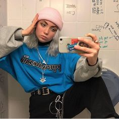 𝓕𝓾𝓷𝓜𝓸𝓻𝓷𝓲𝓷𝓰𝓼𝓦/𝓐𝓹𝓹𝓵𝓮𝓼 - The Best Streetwear Models - All Brands are Here Edgy Outfits, Mode Outfits, Retro Outfits, Grunge Outfits, Vintage Outfits, Hipster School Outfits, Layering Outfits, Vintage Fashion, Trend Fashion
