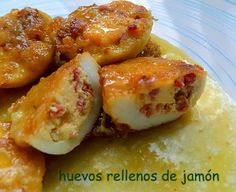 Huevos rellenos de Jamón Receta: http://recetasanas.blogspot.com.es/2014/01/huevos-rellenos-de-jamon.html