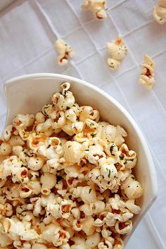 Patlamış mısırlarınıza biraz İtalyan dokunuşu katmak istemez misiniz?