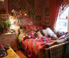 Sweet and comfy bohemian bedroom decor ideas (24)