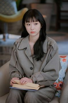 Jo Yi Seo all dolled up! Korean Actresses, Korean Actors, Actors & Actresses, Korean Dramas, Ideal Girl, Korean Shows, Kpop Fashion Outfits, Cute Actors, Kdrama Actors