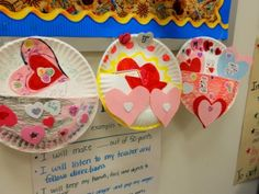Valentine holder with paper plates