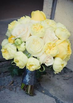 The Most Beautiful Bouquets of Yellow Roses https://bridalore.com/2017/07/02/the-most-beautiful-bouquets-of-yellow-roses/