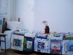 Log Cabin Quilt by Suzuko Koseki | 相片擁有者 Blue is Bleu