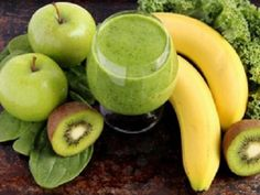 Green smoothies are power packs of liquid gold - find here green smoothie recipes that can totally transform your health (including heavy metal detox smoothie) Healthy Green Smoothies, Green Smoothie Recipes, Fruit Smoothies, Healthy Drinks, Healthy Recipes, Healthy Fats, Smoothie Detox, Juice Smoothie, Smoothie Drinks