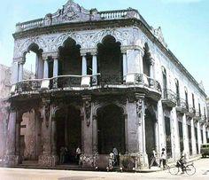 La casa de Reina y Lealtad, uno de los principales exponentes del Art Noveau en la Ciudad de La Habana.