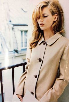 cat eye & pretty coat- Kate Moss                                                                                                                                                                              .