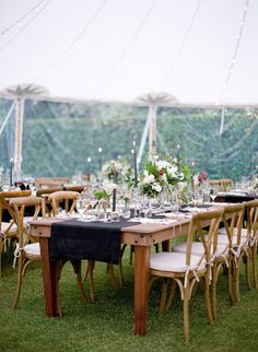 A rustic affair: http://www.stylemepretty.com/2017/02/06/a-wedding-that-gives-rustic-a-fresh-modern-twist/ Photography: Lacie Hansen - http://laciehansen.com/