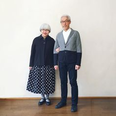 Couple Married For 37 Years Always Dress In Matching Outfits - And They Look Effortlessly Stylish - Wedding Digest Naija Matching Couple Outfits, Matching Couples, Dandy Style, Stylish Couple, Advanced Style, Fashion Couple, Timeless Fashion, Fashion Forward, Girl Outfits
